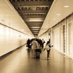 Jovem Brasileira Detida Pela Imigração no Aeroporto nos EUA